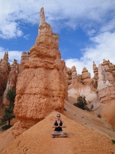 Venturing through the Bryce Canyon spires