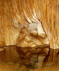 Squeezing through Vancouver Island'sCaves