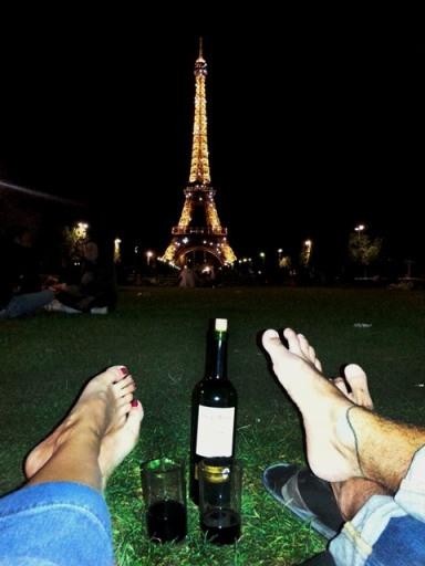 Eiffel Tower midnight light show from Champ de Mars